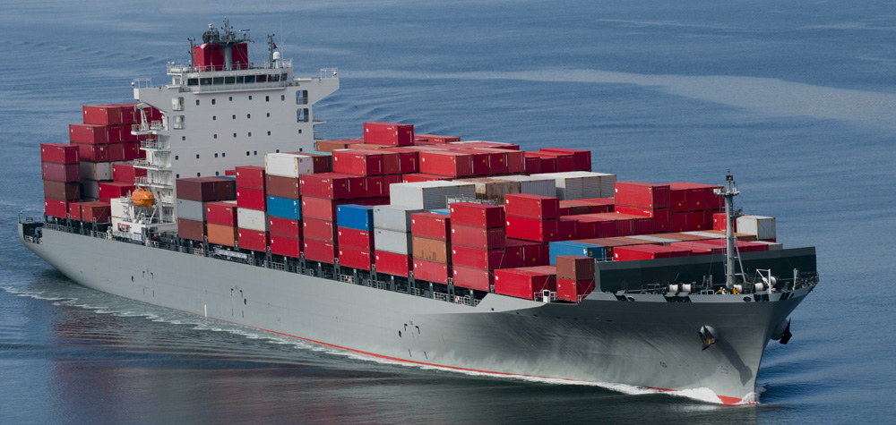 transport-maritim-containerizat-de-marfuri